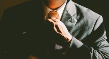 How to choose a professional resume writer